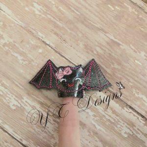 Bat Katlyn finger puppet